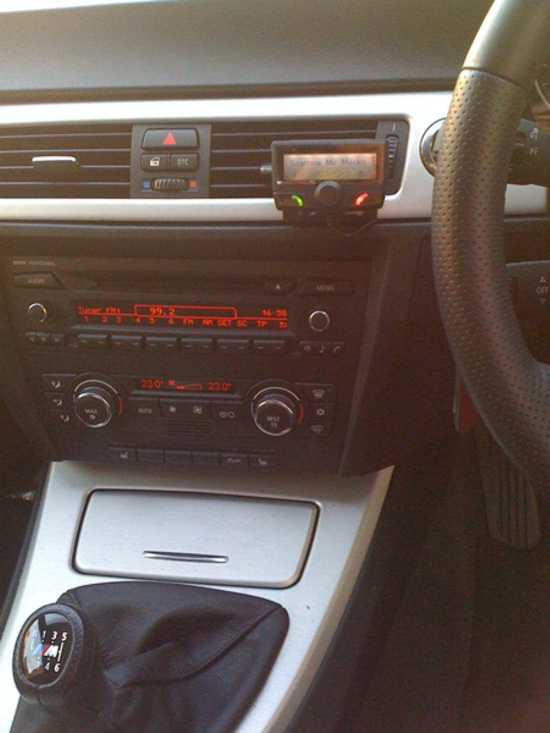 BMW_3_Series_E90_Parrot_CK3100