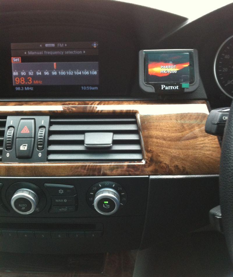BMW_5_Series_E60-Parrot_MKi9200.JPG