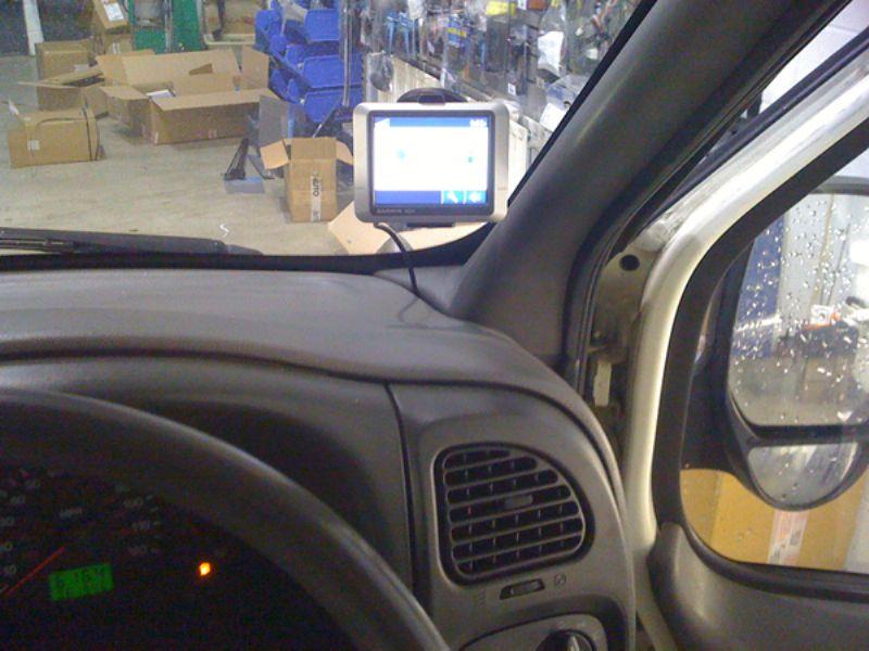 Ford_Transit_2005_Garmin_Nuvi_200_Hardwired