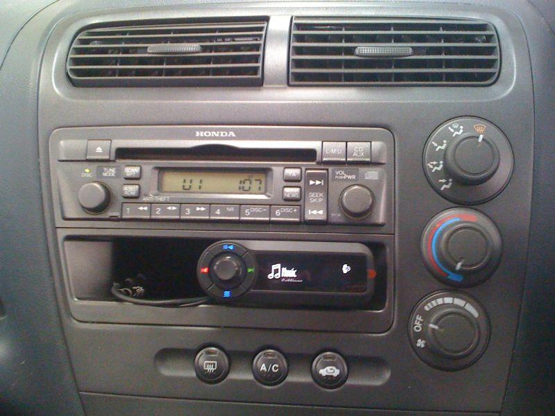 Honda-Civic-2006-Motorola-TK30.JPG