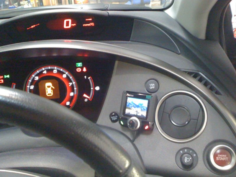 Honda_Civic_Type_R_Parrot_CK3200