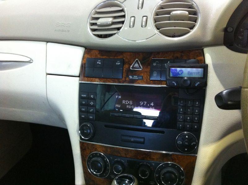 Mercedes-C-Class-Coupe-Parrot-CK3100.JPG
