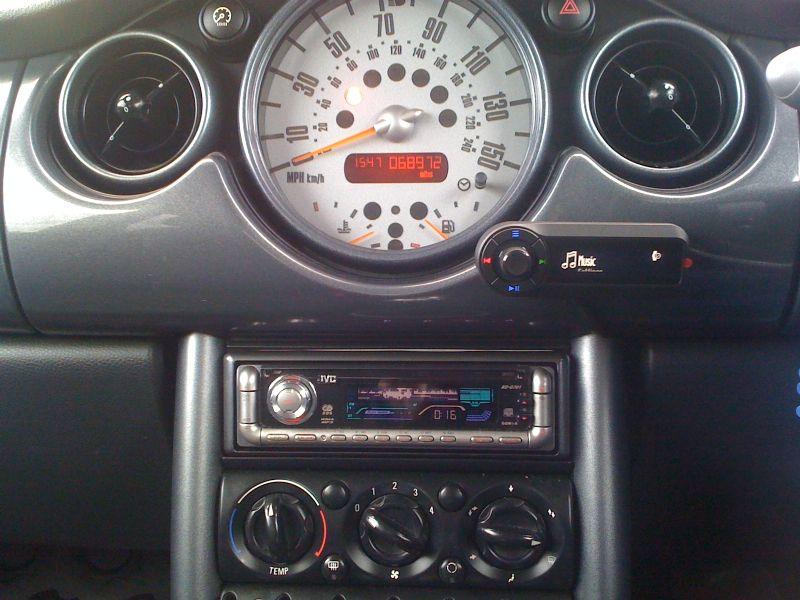 Mini-Cooper-2008-Motorola-TK30.JPG