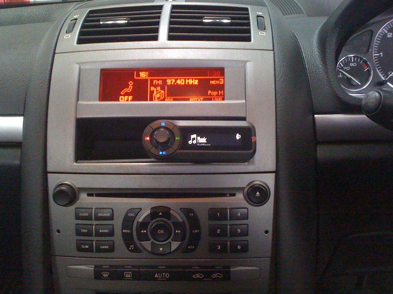 Peugeot-407-Motorola-TK30.JPG