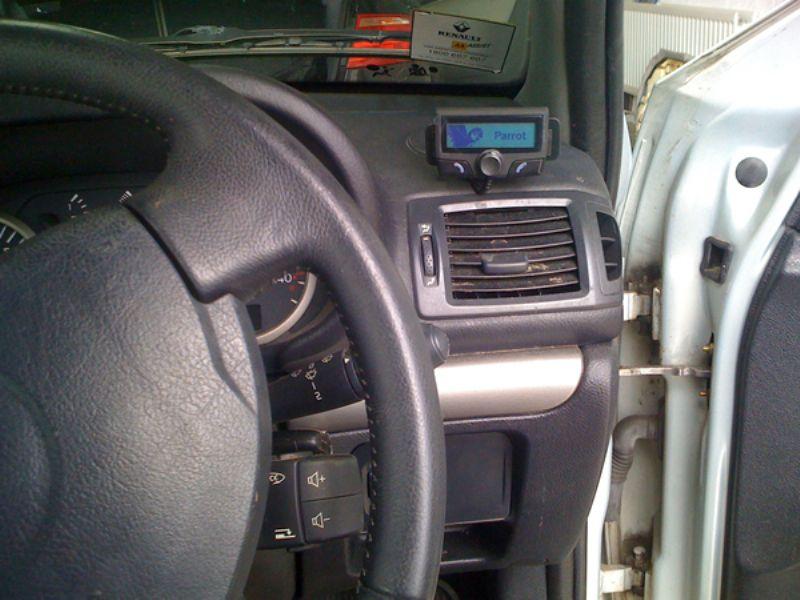 Renault_Clio_Parrot_CK3100(1)