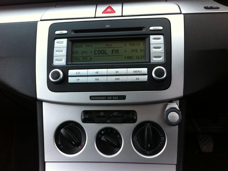 VW-Passat-2010-Nokia-CK-7W
