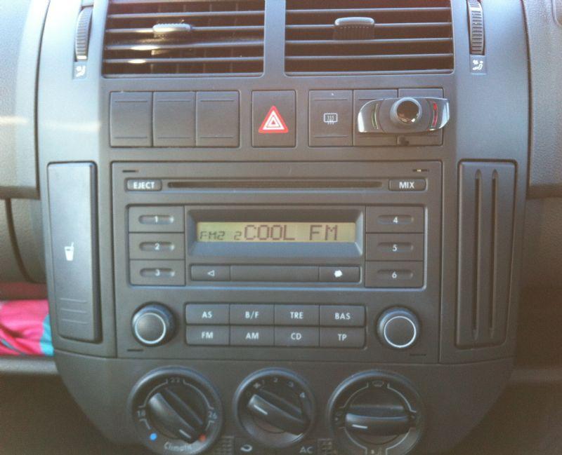 VW-Polo-2008-Parrot-CK3000.JPG