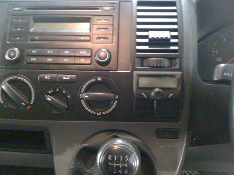 VW_Transporter_T5_CK3100