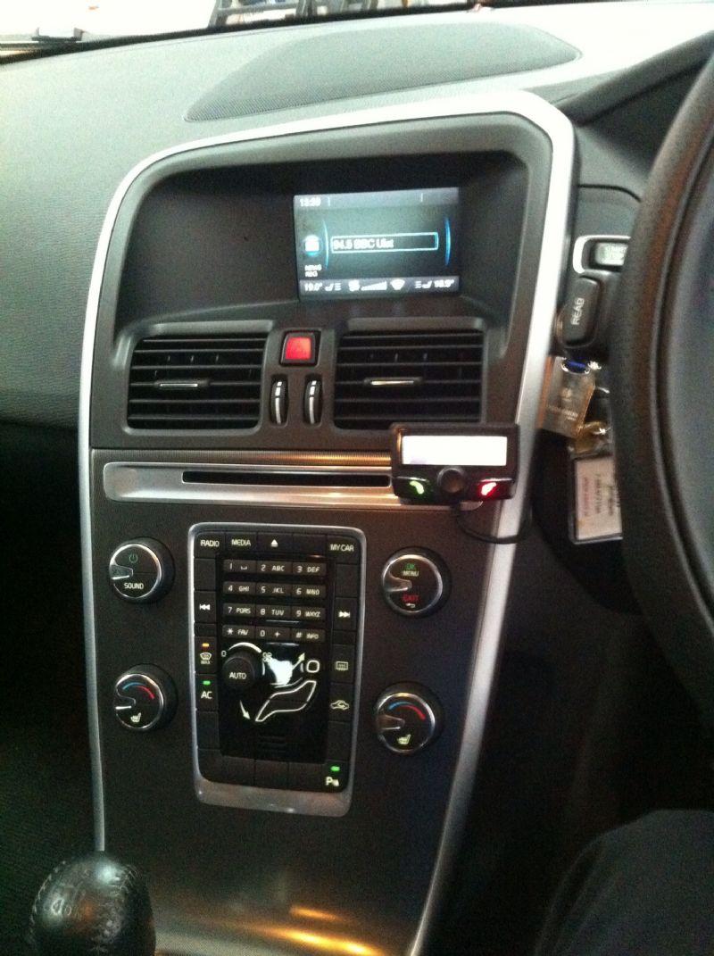 Volvo-XC-60-2011-Parrot-CK3100