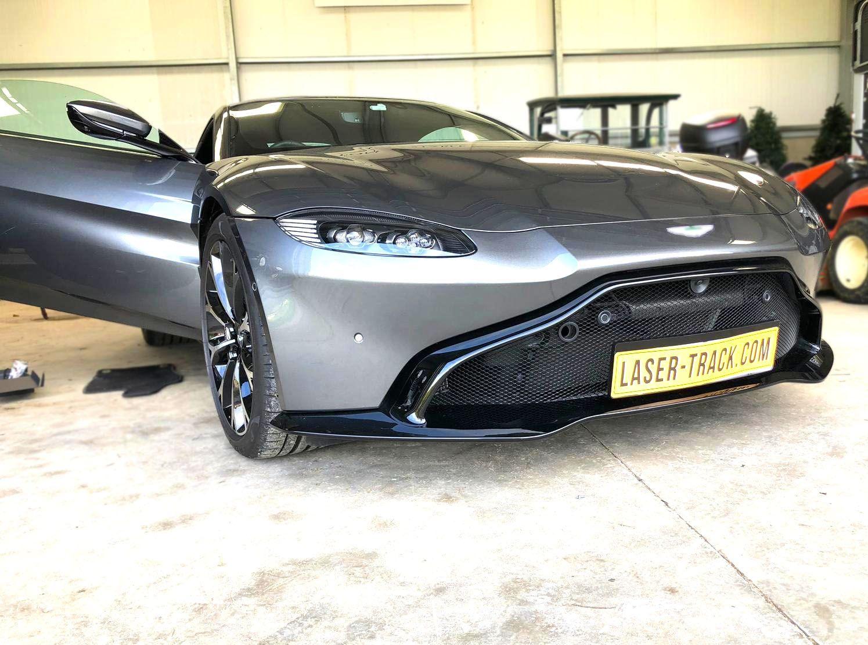Aston Martin Vantage - Laser Jammer number plate installed