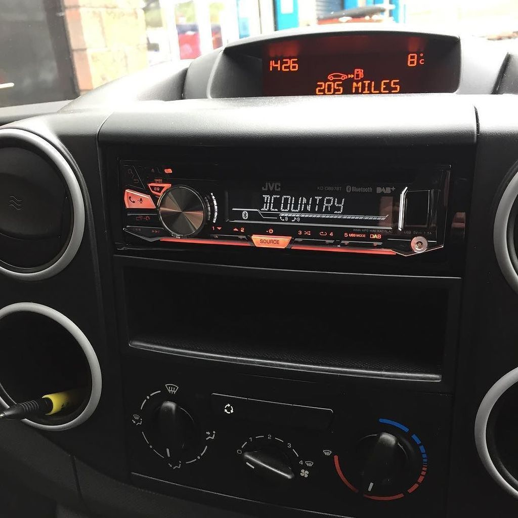 citreon_berlingo_alpine_radio