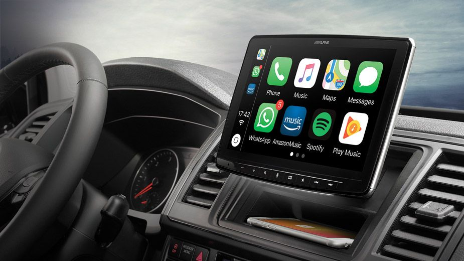ilx-f903d-alpine-halo9-fitted_install_apple_car_play
