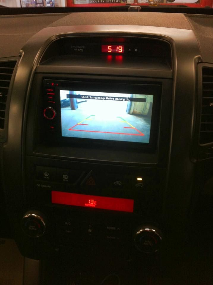 kia_sorento_fitted_with_kenwood_dnx450bt_and_reversing_camera