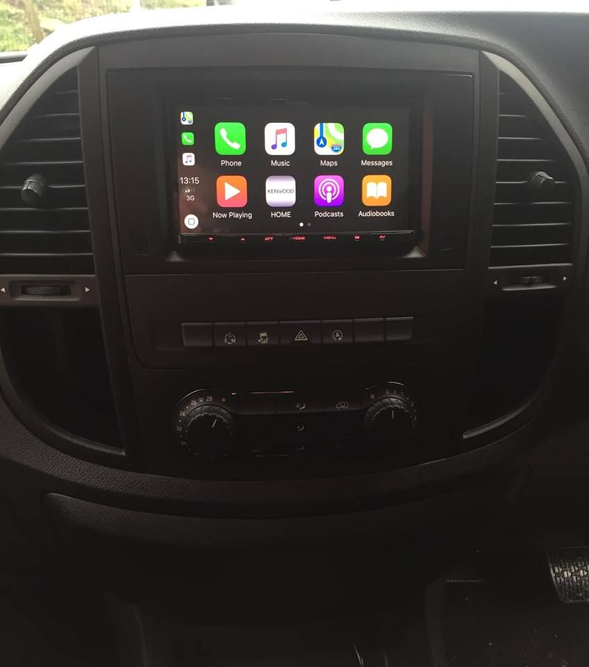 mercedes_vito_with_new_apple_car_play_head_unit_installed