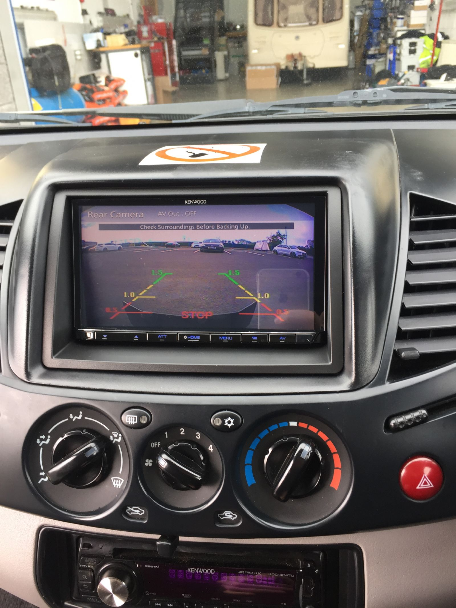 Mitsubishi L200 reverse cam display on kenwood dmx7018