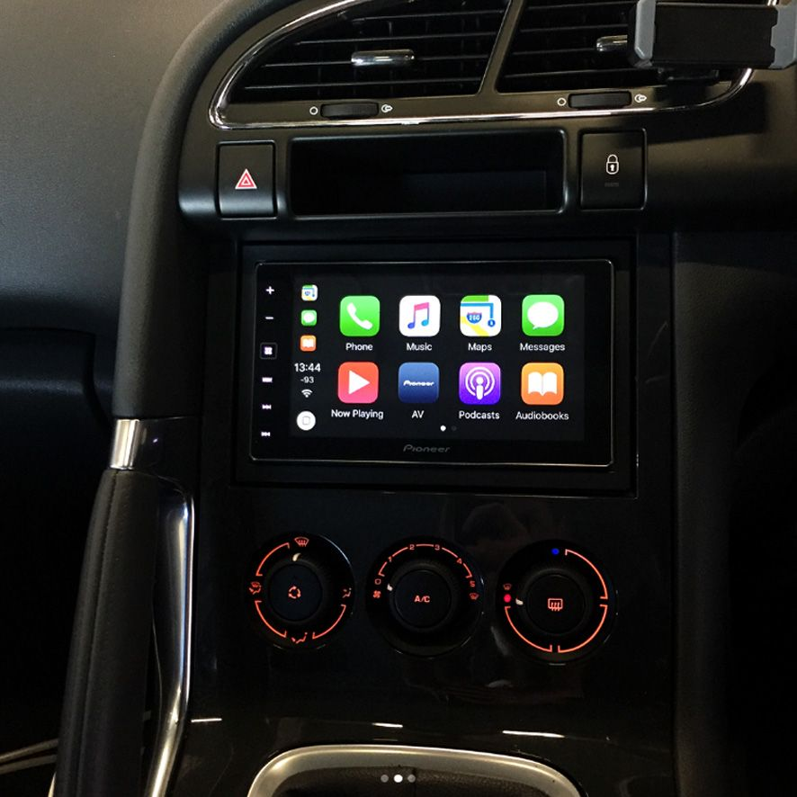 peugeot_3008_head_unit_upgraded_to_apple_car_play_radio_pioneer_sph_da120_(2)