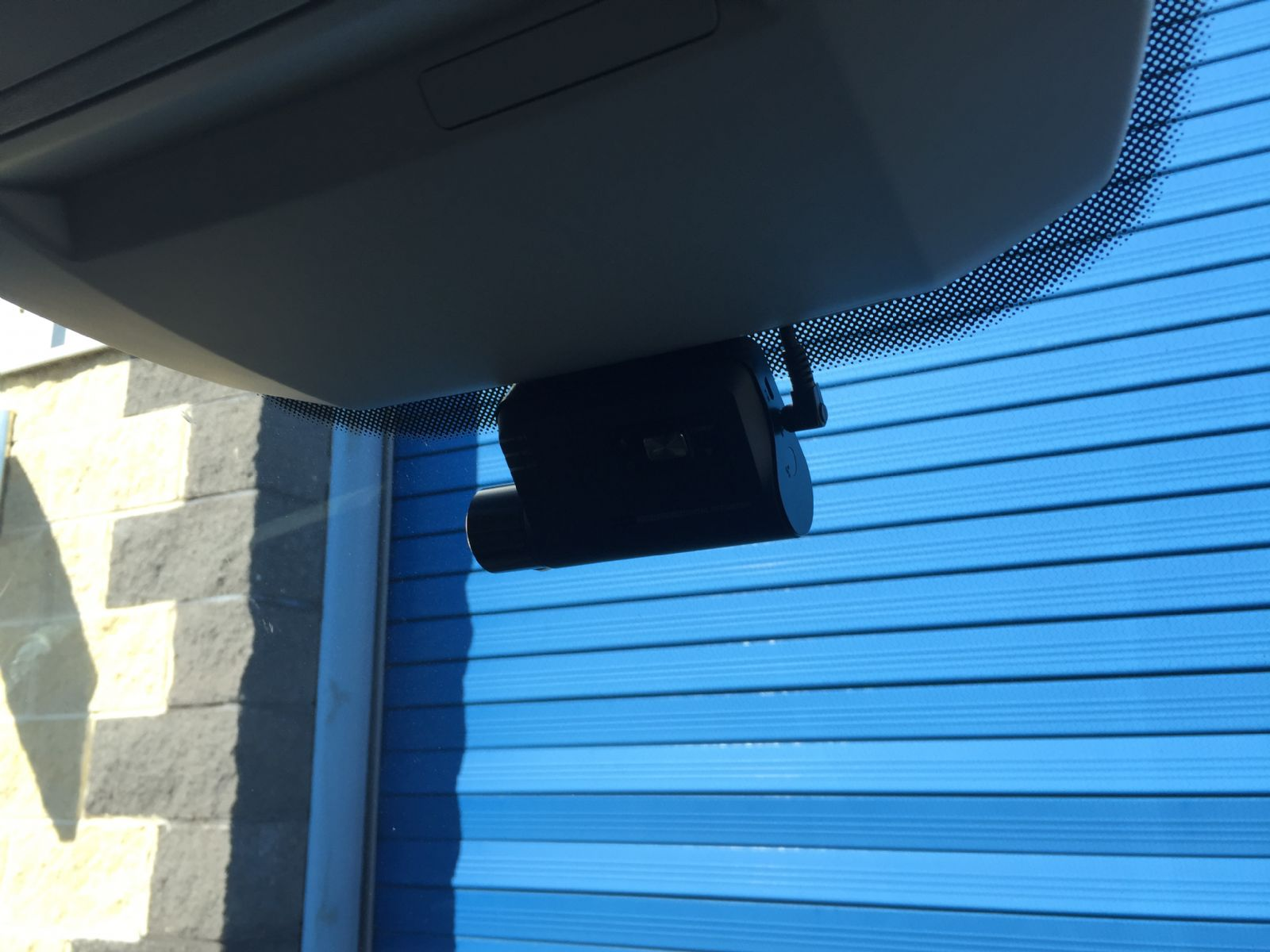 Neat Dash Cam install in this new Volkswagen Crafter van